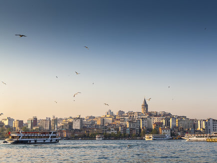 Turkey, Istanbul, view to Galata Tower over Golden Horn - MDI000028