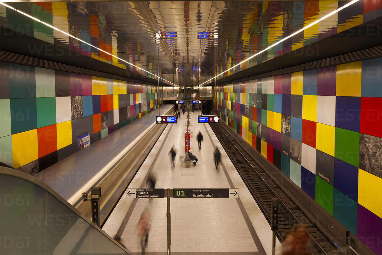 Germany, Munich, indoor view of underground station Georg-Brauchle-Ring - FC000832 - Christina Falkenberg/Westend61