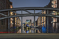Germany, Hamburg, Wandrahmsfleet in the historic warehouse district  in the evening, Unesco World Heritage - RJF000562