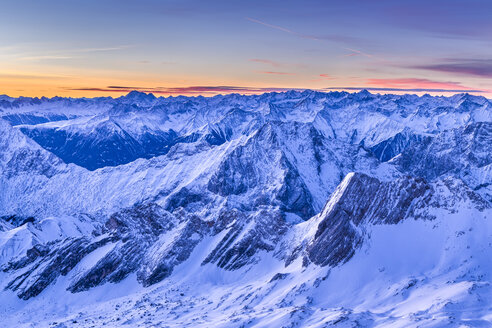 Germany, Bavaria, sunrise on Zugspitze, view towards Austria with Mieminger Range - STSF000999