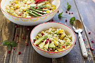Vegan bulgur salad in bowl - SARF002497
