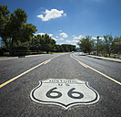 USA, Arizona, road with Route 66 sign - STCF000166
