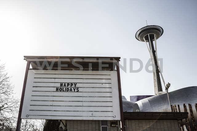 USA, Washington, Seattle, Space Needle and Holiday Sign - NGF000247 - Nadine Ginzel/Westend61