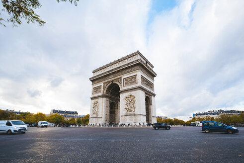 France, Paris, Arc de Triomphe - KIJF000145