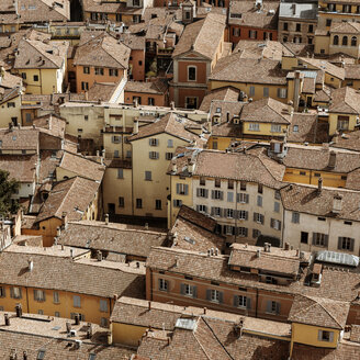Italy, Bologna, view to the multi-family houses at the city center from above - KAF000131