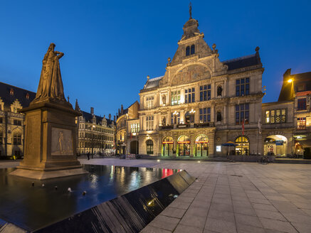Belgium, Ghent, Sint-Baafsplein with monument and theater at dusk - AMF004764