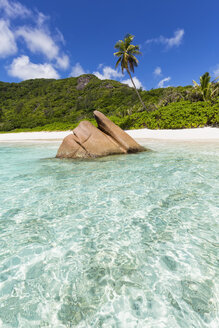 Seychelles, La Digue, Indian Ocean, Anse Cocos, beach - FOF008419