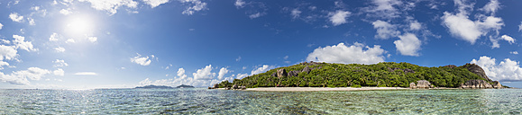 Seychelles, La Digue, Island, West Coast, Anse Source D'Argent, Panorama - FOF008431