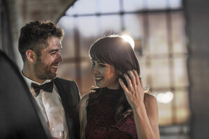 Smiling couple in elegant clothing - ZEF008455