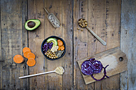 Bowl of quinoa, avocado, roasted chick-peas, sweet potato, red cabbage and hummus - LVF004536