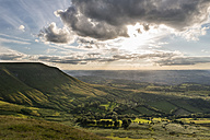 UK, Wales, View over Wye Valley at Brecon Beacons National Park - SHF001872