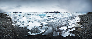 Iceland, Vatnajoekull National Park, Panoramic shot of Jokulsarlon, glacier and icebergs - EPF000003