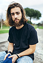 Portrait of bearded young man - MGOF001472