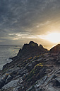 France, Brittany, Pointe du Raz, sunset at the coast - MJ001802