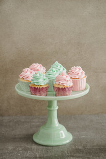 Cup cakes on a cakestand - ECF001853