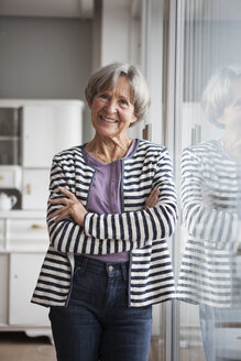Portrait of confident senior woman at home - RBF004146