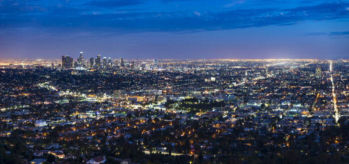 USA, Los Angeles skyline at night, panorama - EPF000025