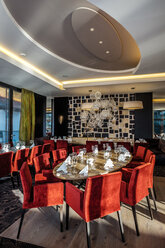 Restaurant with laid table in a hotel - HAMF000173