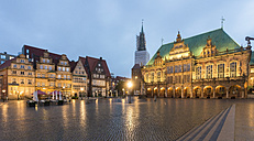 Germany, Bremen, Bremen Town Hall at market square in the evening - TAMF000402