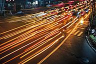 Thailand, Traffic in Bangkok at night - GIOF000791