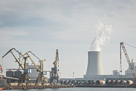 Germany, Warnemuende, Rostock Port, cranes and powerhouse, cooling tower - ASCF000552