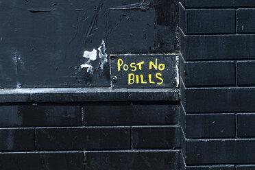Post no bills, black wall - NGF000320