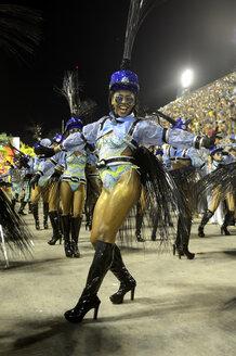 Brazil, Rio de Janeiro, Sambodromo, Samba school, Uniao da Ilha do Governador, female Samba dancer - FLK000675