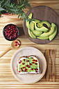 Toast with avocado, cream cheese and pomegranate seed - RTBF000074