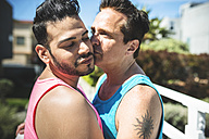 Gay couple in love - LEF000057