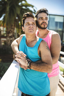 Portrait of gay couple - LEF000078