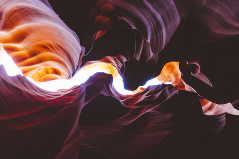 USA, Arizona, Page, Lower Antelope Canyon - GIOF000823