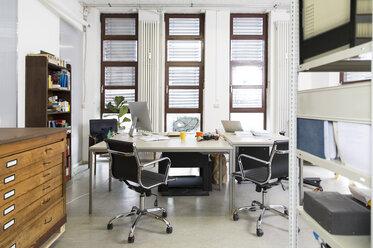 Empty creative office - FKF001800