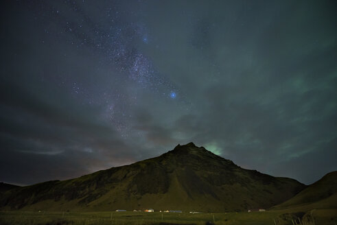 Iceland, Northern lights and milky way at cloudy night - EPF000066