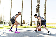 USA, Los Angeles, basketball training - LEF000086