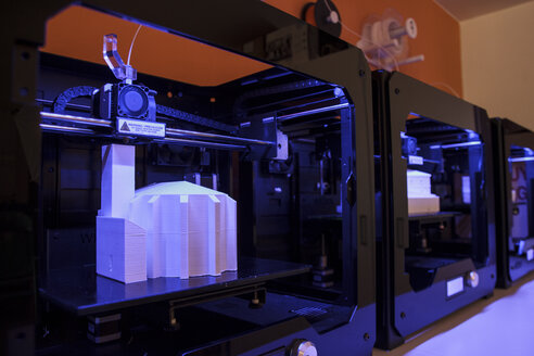 3D models being printed in 3d printers - ABZF000342