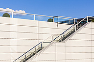 Stairs and railing, upwards - WDF003583
