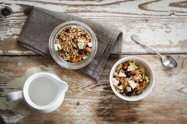 Homemade granola of oat, almond, quinoa, raisin and dried apple rings - EVGF002922