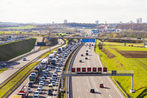 Germany, near Stuttgart, traffic jam on A 8 - WDF003588
