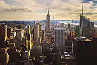 USA, New York City, Manhattan at sunset seen from above - GIOF000886
