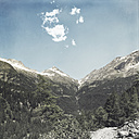 Italy, Lombardy, Chiareggio, View of glacier, hiking trail - DWIF000724