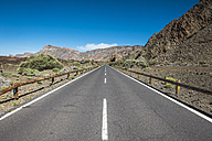 Spain, Tenerife, empty road in El Teide region - SIPF000369