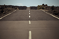 Spain, Tenerife, empty road in El Teide region - SIPF000375