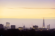 UK, London, skyline with 20 Fenchurch Street, St Paul's Cathedral and The Shard at dawn - BRF001320