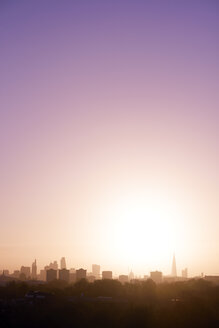 UK, London, skyline in morning light - BRF001335