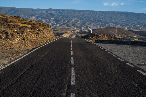 Spain, Canary Islands, Tenerife, road and wind park - SIPF000399