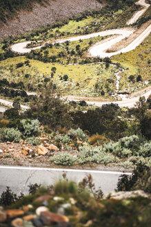 Peru, Huaraz, view to mountain pass - EHF000336