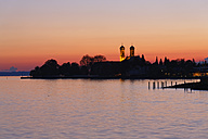 Germany, Friedrichshafen, Lake Constance, View to Castle church, afterglow - SIE007006