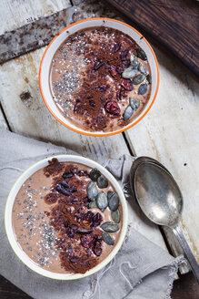 Garnished vegan and sugarfree smoothie bowl - SBDF002873