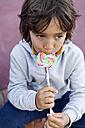 Portrait of little boy with lollipop - VABF000477