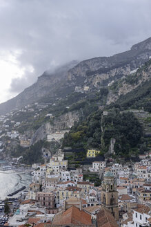 Italy, Amalfi, view to the city - HLF000965